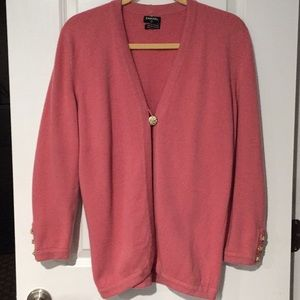 Authentic Chanel Pink Cashmere Sweater Size M